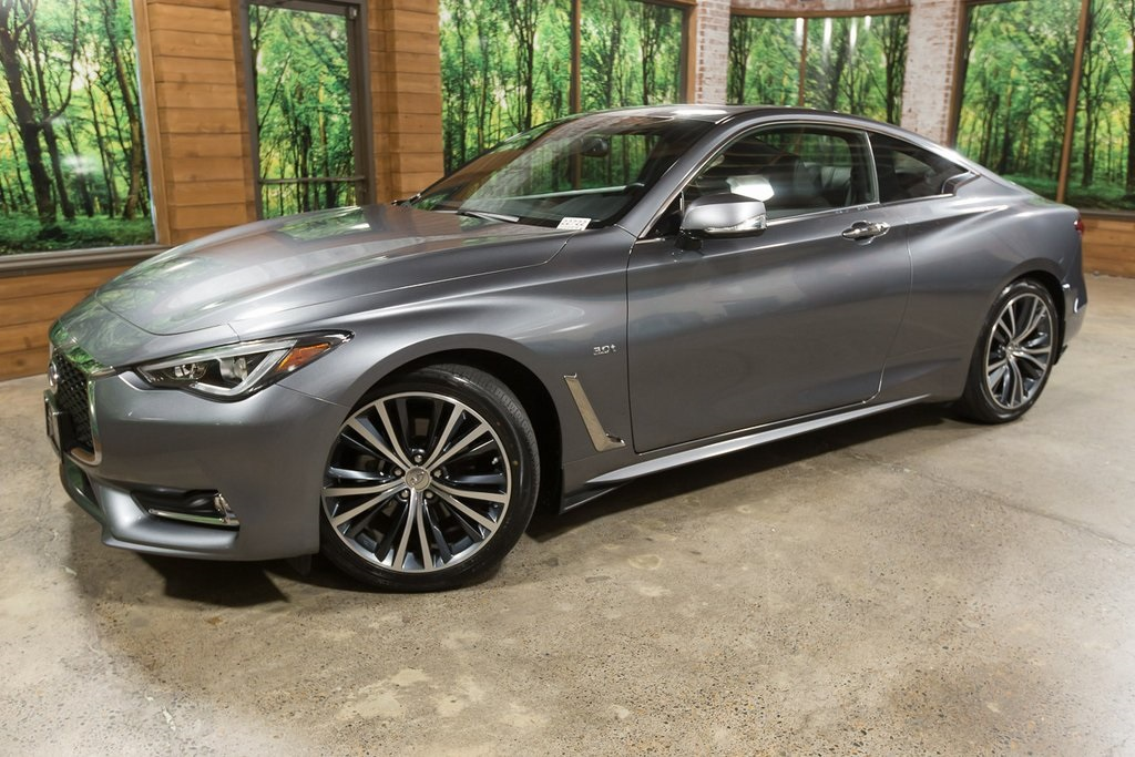 Pre-Owned 2018 INFINITI Q60 3.0t LUXE AWD, 1-Owner, Sensory Package, Low Miles