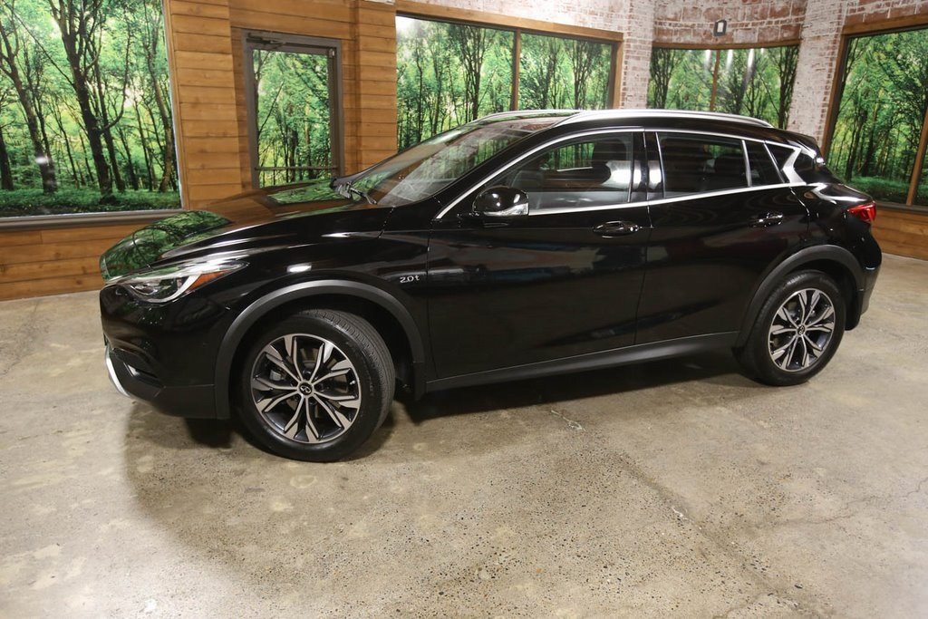 Certified Pre-Owned 2019 INFINITI QX30 LUXE AWD, Navigation, Panoramic Sunroof