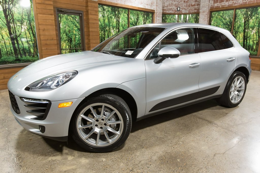 Pre-Owned 2017 Porsche Macan S AWD, 1-Owner, Lane Keep, Premium Plus PKG