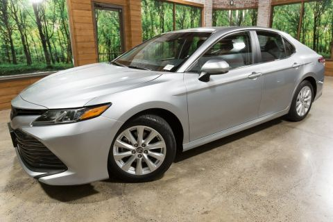 Pre-Owned 2018 Toyota Camry LE 1-Owner, Automatic, Clean Carfax