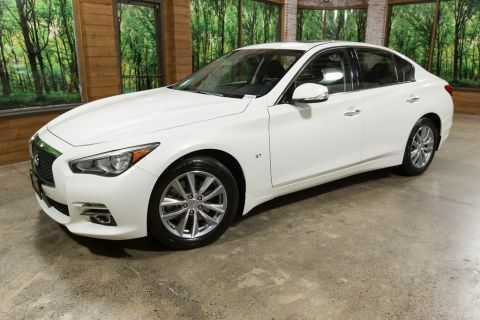 Pre-Owned 2015 INFINITI Q50 Premium Navigation, One Owner, AWD, Certified!