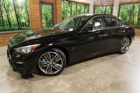 "Certified Pre-Owned 2015 INFINITI Q50 Sport 3.7 AWD w/ Navigation Package, Sunroof, 19"" Wheels"