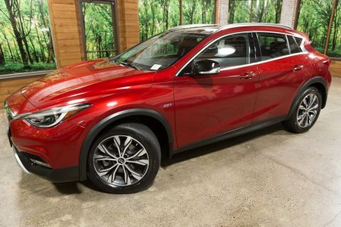 Certified Pre-Owned 2018 INFINITI QX30 Premium AWD, Navigation Pkg, Moonroof, 1-Owner, Certified